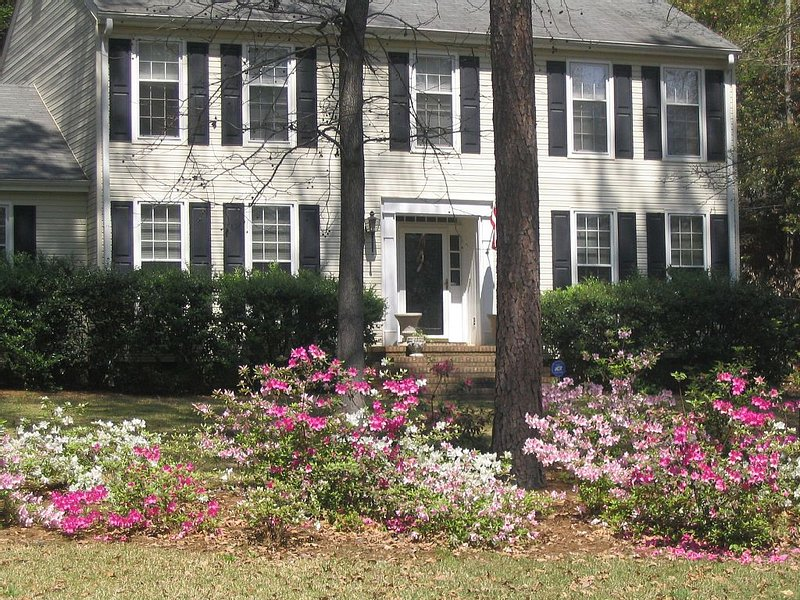 Masters-Augusta National-Vacation in a Southern Charmer 3 Miles From Tournament, vacation rental in Grovetown