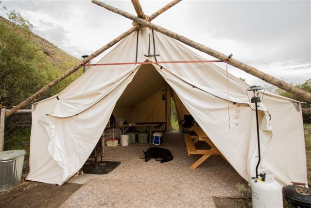 Rocky Mountain Elk Camp, location de vacances à Challis