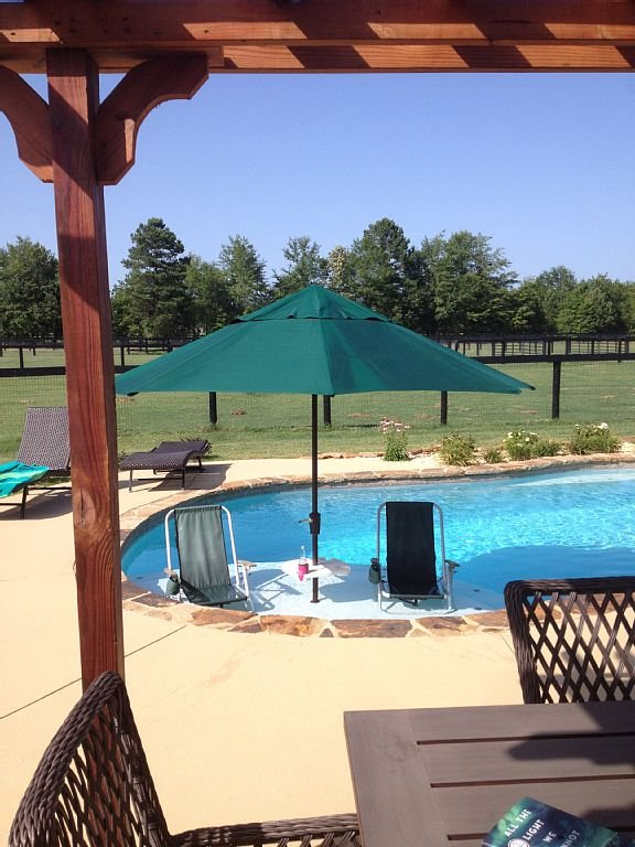 12' pool sit out  with umbrella,drink holder and beach chairs!