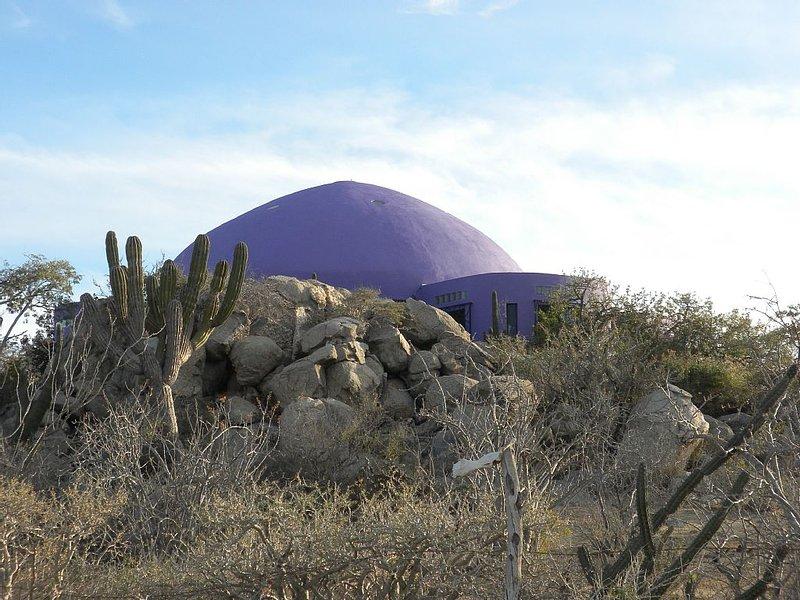 Unique Artist Dome Between Mountains Sea And Desert – semesterbostad i San Jose Del Cabo