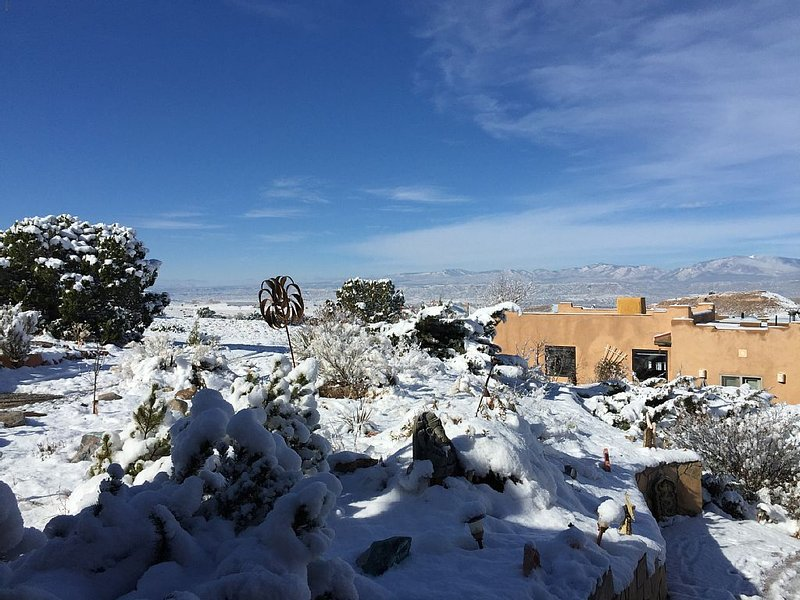 Kokopelli Suite -   A Sweet Efficiency With Views And Amenities On 5 Acres, holiday rental in Espanola