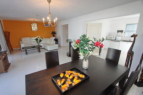 2 Min Walk from the Beach of Orient Bay, vacation rental in Saint-Martin