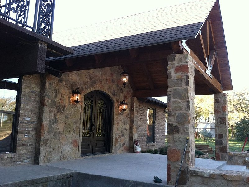 Quiet country setting, 15 min to Waco, 20 min to Baylor University, location de vacances à Clifton