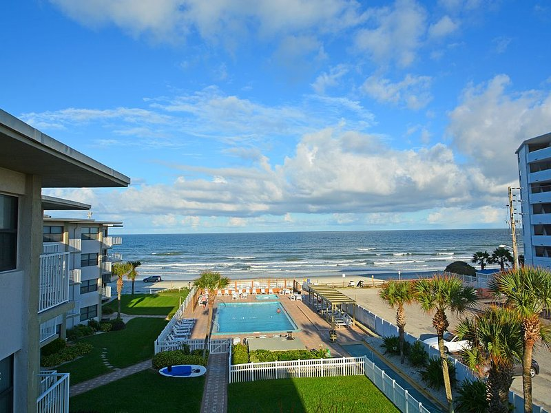 Oceanfront, Newly Remodeled Condo In The Best Location In NSB, vacation rental in New Smyrna Beach