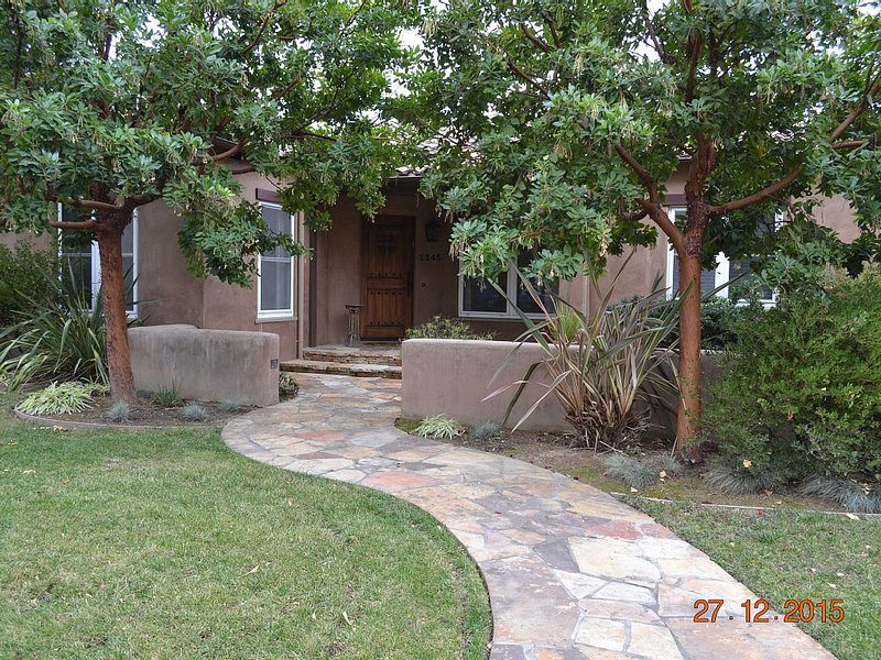 Warm Sunny Mediterranean House In Willow Glen, location de vacances à Campbell