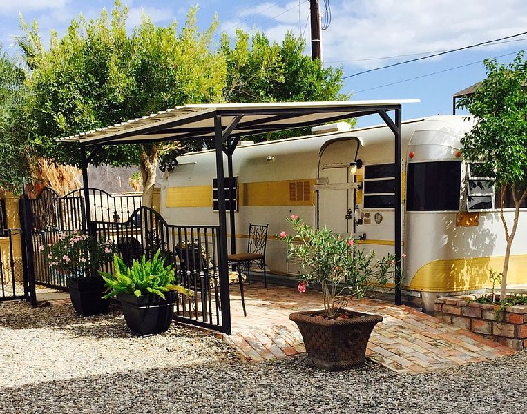 Uptown Camping just steps away from the Beach, casa vacanza a San Felipe