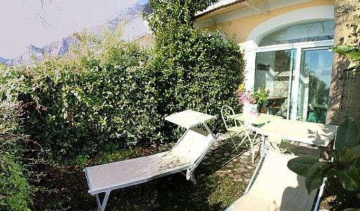 Casa Ilnira A, rimborso completo con voucher*: Un luminoso e allegro appartament, holiday rental in Nocelle