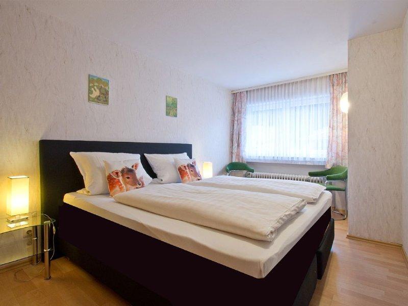Ferienwohnung Anna mit 40 qm, 1 separates Schlafzimmer für maximal 3 Personen, aluguéis de temporada em Kniebis