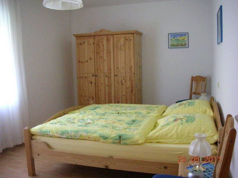 Ferienwohnung Hortensie mit ca. 70qm, 1 Schlafzimmer, 1 Wohnzimmer, für maximal, location de vacances à Sinsheim