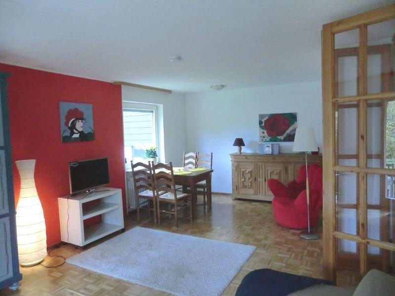 Ferienwohnung mit ca. 60qm für max. 2 Personen, vacation rental in Endingen