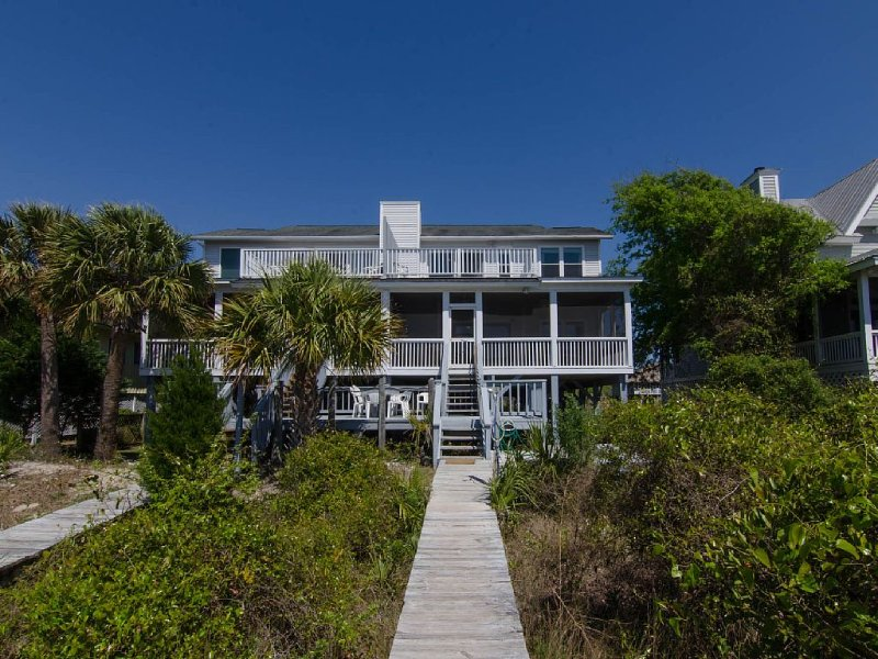 Sunset On The Sound - Comfortable Beach Front Duplex, vacation rental in Edisto Island