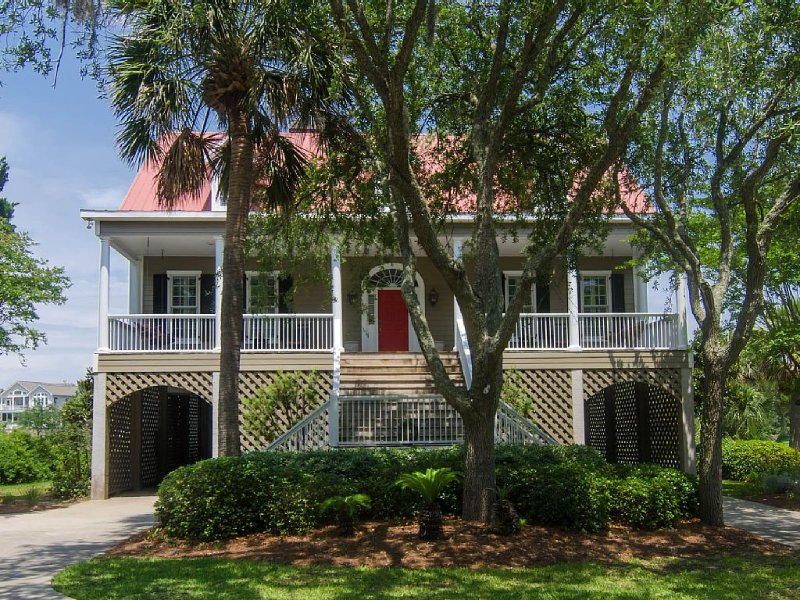 Cat's Cottage - 5BR/4BA Beach Walk Home With Views & Tasteful Decor, vacation rental in Edisto Island