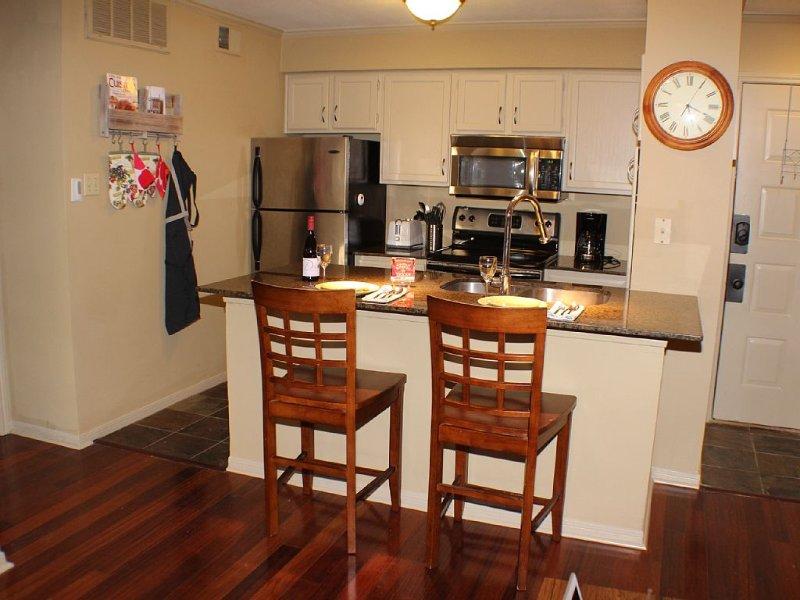 Fully stocked kitchen!  microwave, dishwasher, toaster, etc!