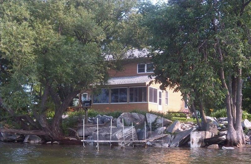 Alburg Lake House- With Five Kayaks, alquiler vacacional en Isle La Motte