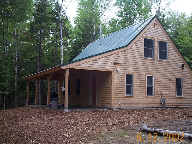 Cozy cabin nestled in the woods with nearby Moosehead Lake access