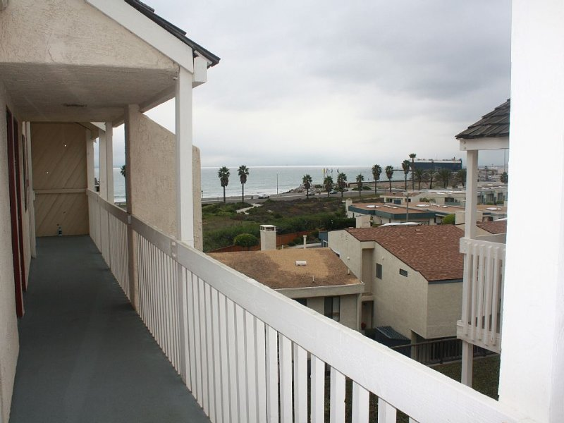 Quiet Beautiful Beach Condo steps to beach, We are the best deal!, holiday rental in Port Hueneme