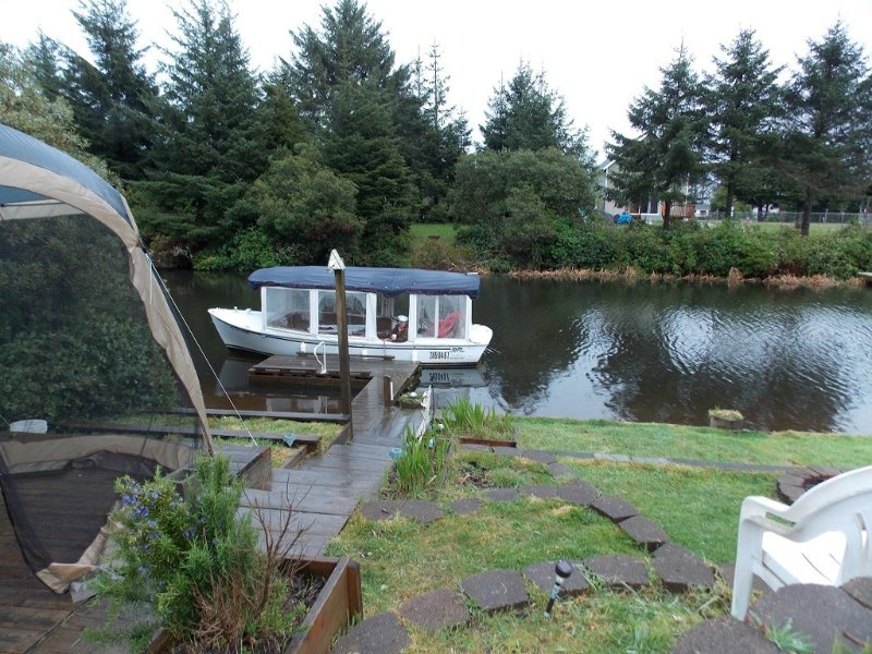 Rainy day boat ride at Gibson's ( reservation only)  .