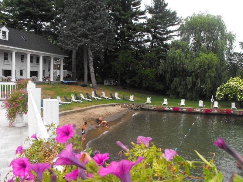 Villa On Lake George-- Best View!, holiday rental in Lake George