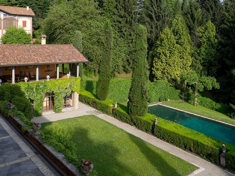 Charming Boutique Villa Between Milan and the Lake Como, vacation rental in Province of Lecco