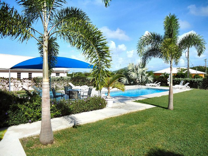 Modern Apartment In Traditional Caribbean Style With Full Air-con & Ceiling Fans, holiday rental in Crab Hill