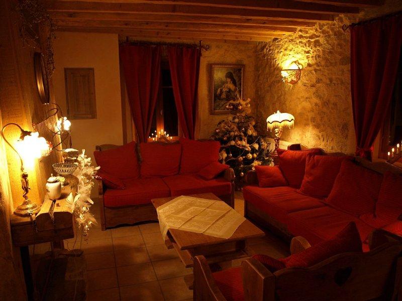 COTTAGE DOUILLET A SAINT MARTIN EN VERCORS PRIX DEGRESSIF A PARTIR DE 3 NUITS, location de vacances à Drôme