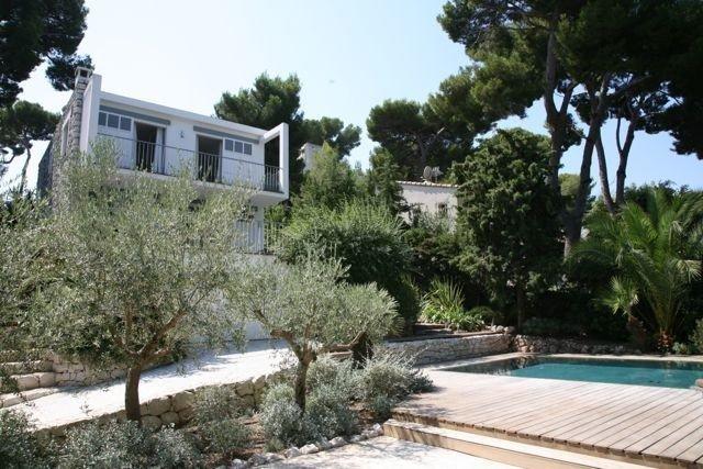 Modern Villa in Heart of Cap d'Antibes, holiday rental in Cap d'Antibes