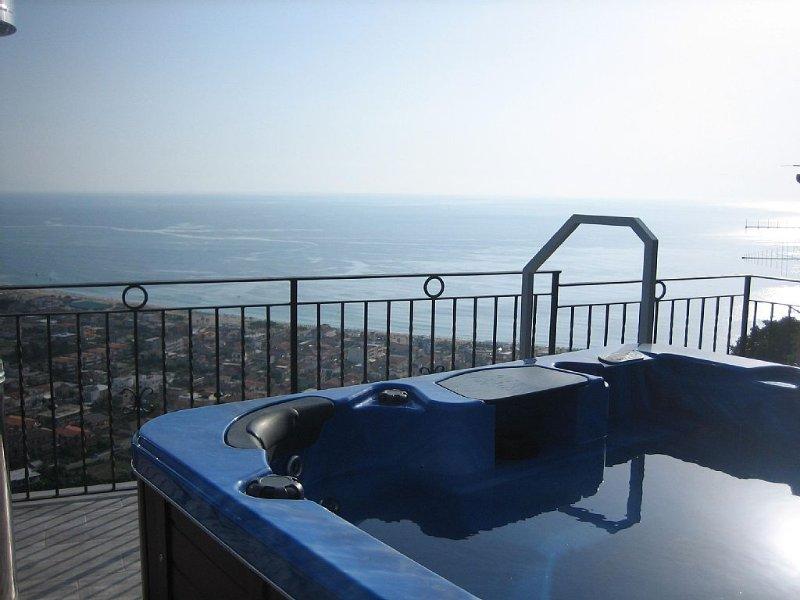 torre Nicotera  Palmentieri vista mare, vacation rental in Paravati