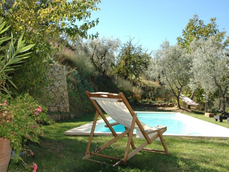 Hilltop house in the heart of Tuscany with private pool, alquiler vacacional en Castelmuzio