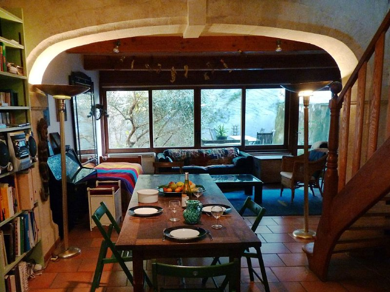 The Sculptors' House In the Historic Centre Of Uzès, vacation rental in Uzes