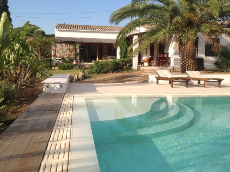 Casa Canne . Romantic farmhouse in rural setting . ☀️Availability Late August !, holiday rental in Teulada