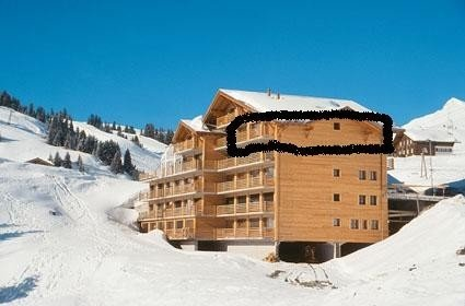 Luxury large 3 bed Ski in Ski out apartment in Les Crosets, Portes du Soleil, Ferienwohnung in Champoussin