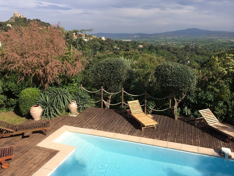 Pretty provencal villa in Grimaud., holiday rental in Grimaud