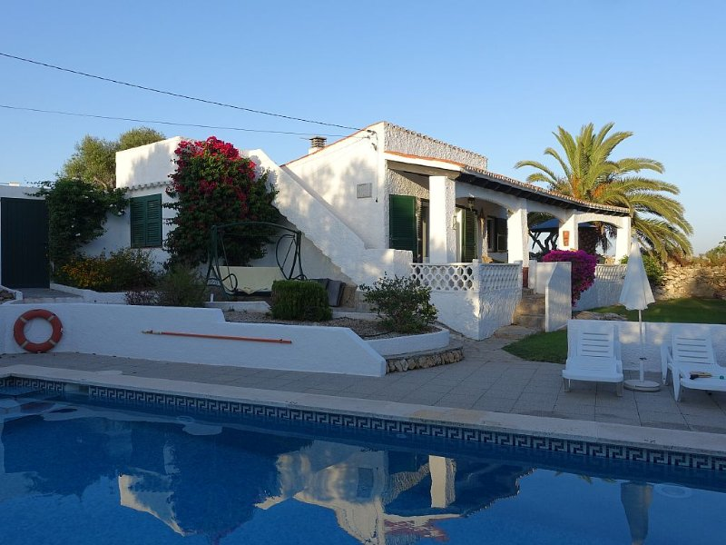Villa near beach, private pool, Cala En Porter, Menorca, great views, Minorca – semesterbostad i Menorca