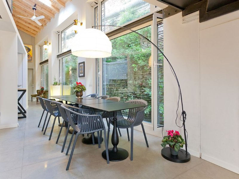 living & dining area - airy and full of light