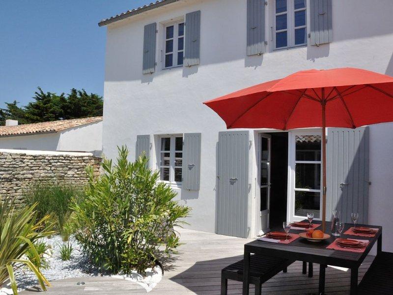 Maison de village récente, charme, grand confort, calme, location de vacances à Ile de Ré