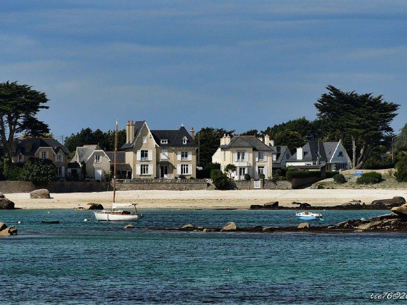 Maison spacieuse à 50 mètres des plages- jardin clos-wifi - Brignogan, location de vacances à Brignogan-Plage