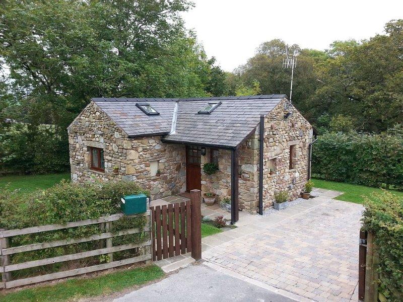 Charming Detached Completely Private Stone Built Open Plan Cosy Retreat For 2, location de vacances à Bentham