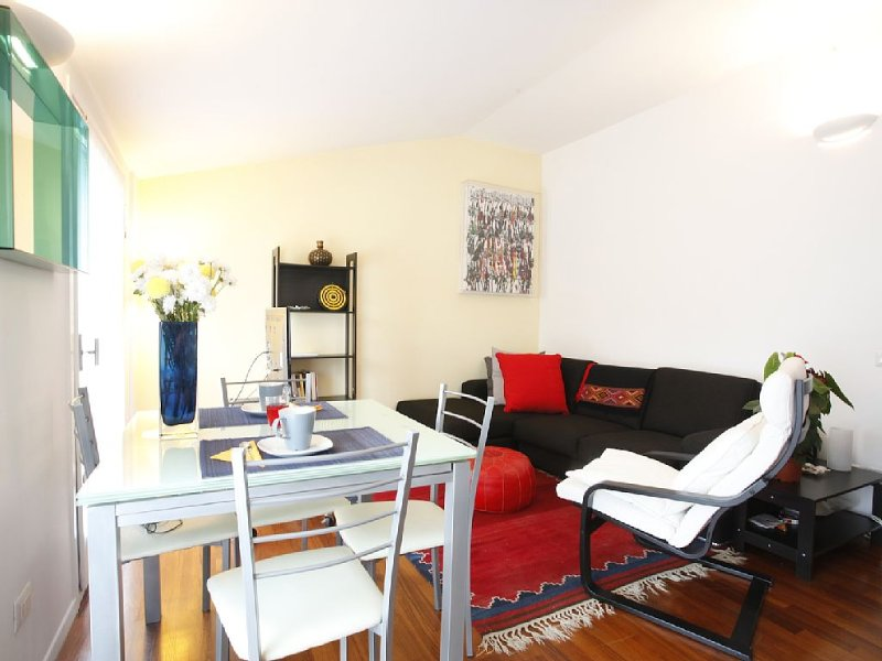 Lovely apartment in the area Brera / Center Milan - Shopping - Arts - Museums, vacation rental in Milan