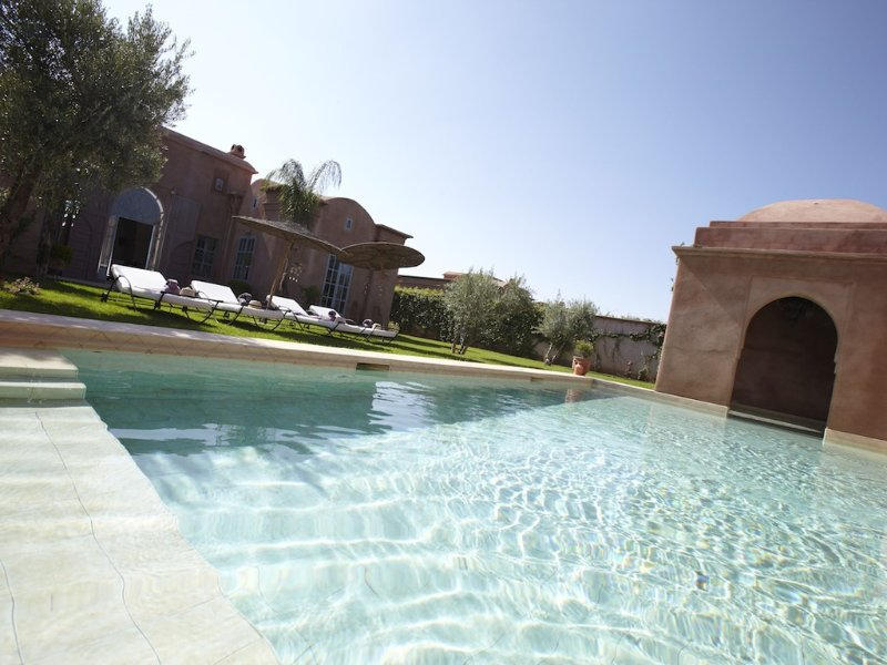 Luxury Villa with Private Pool in quiet rural area, vacation rental in Marrakech