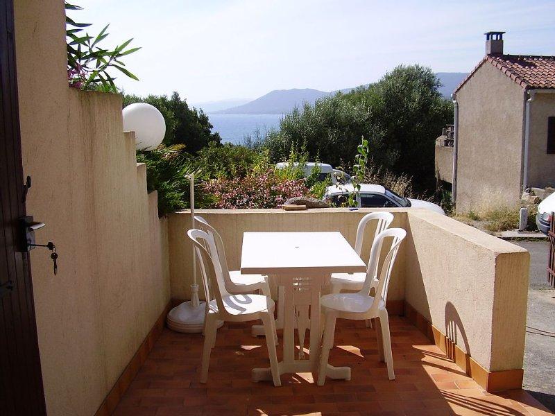 appartement  climatisé en  rez de jardin, location de vacances à Viggianello