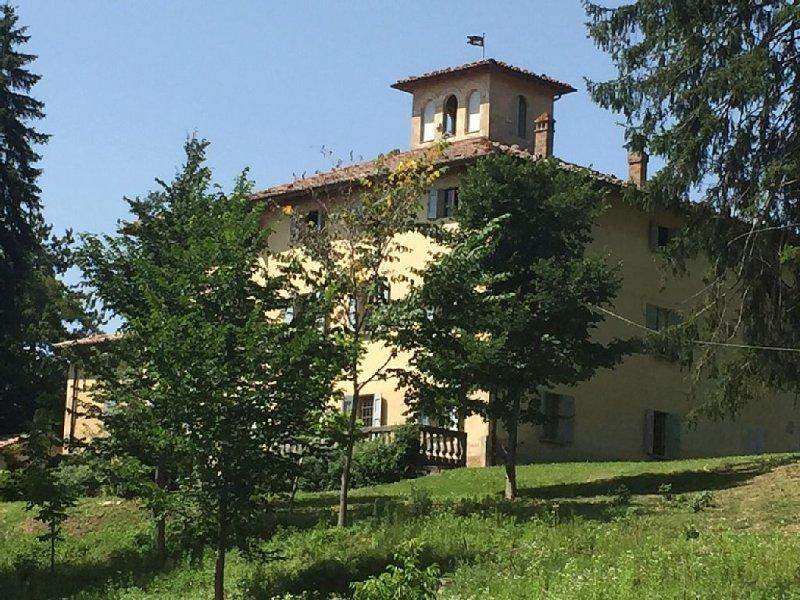 Tenuta Agricola I Pianazzi a Zocca sull'Appennino Modenese, vacation rental in Gaggio Montano