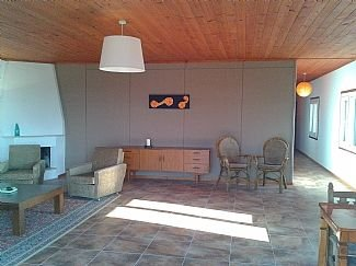 Spacious Apartment With Private Large Pool, Terrace With Mountain Views, vacation rental in Ozankoy