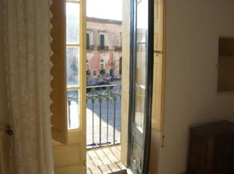 Salento – Specchia appartamento in Centro Storico - straordinaria location, unic, holiday rental in Miggiano