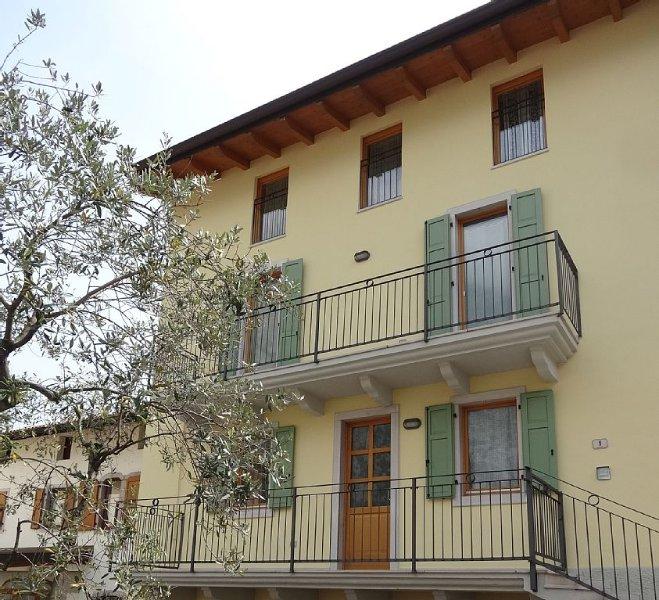 APPARTAMENTO IN CENTRO STORICO, vakantiewoning in Calavino