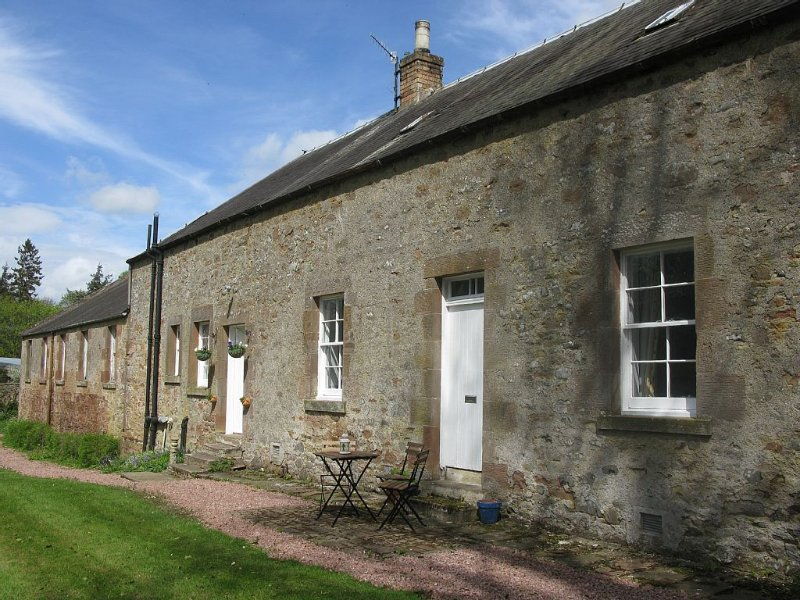 Cottage On Country Estate In The Heart Of The Borders, vacation rental in Jedburgh