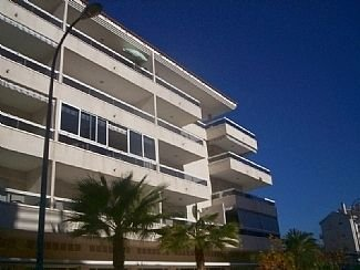 Luxury Apartment with Sea/Mountain Views, vacation rental in L'Alfas del Pi
