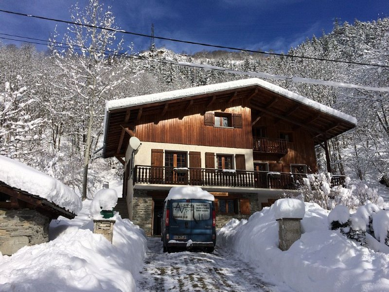 Luxury Alpine Chalet, close to Les Arcs and Ste Foy – semesterbostad i Sainte-Foy-Tarentaise