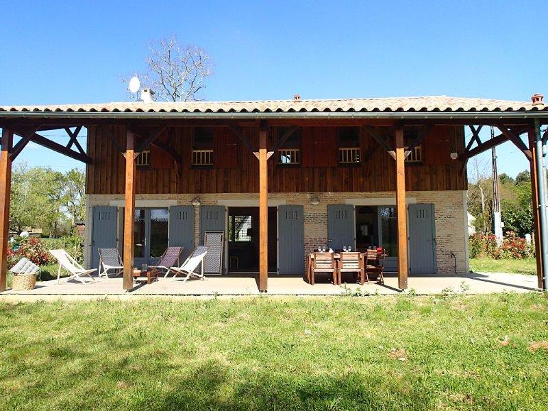Charmante maison landaise rénovée : La Bergerie, casa vacanza a Mano
