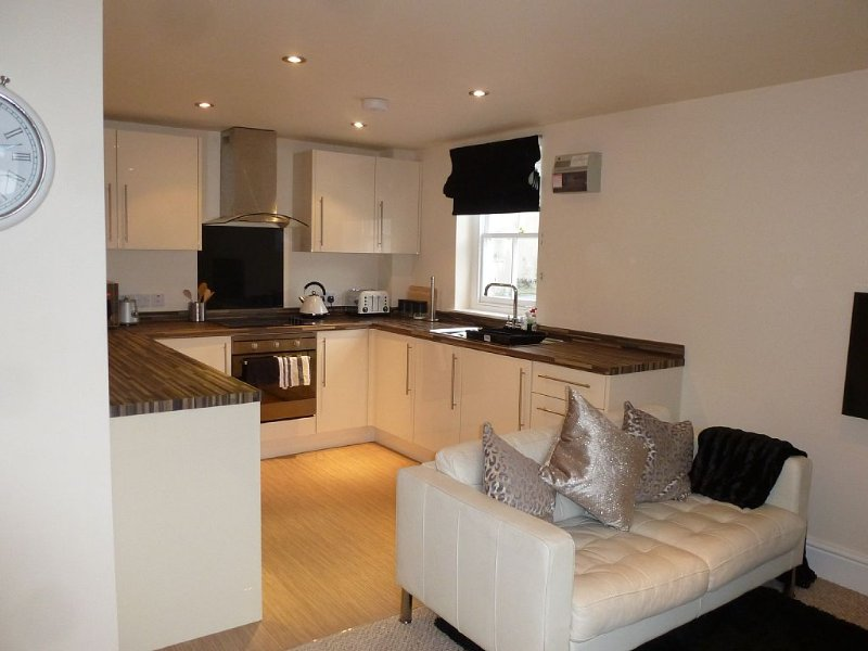 Lake District, Modern 2 bedroom cottage, free parking,Kendal,WorldHeritagestatus – semesterbostad i Kendal