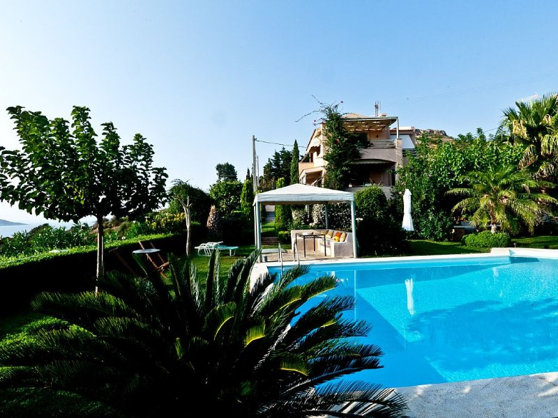 Villa for Your Dream Family Holidays in the Outskirts of Athens, holiday rental in Palaia Fokaia
